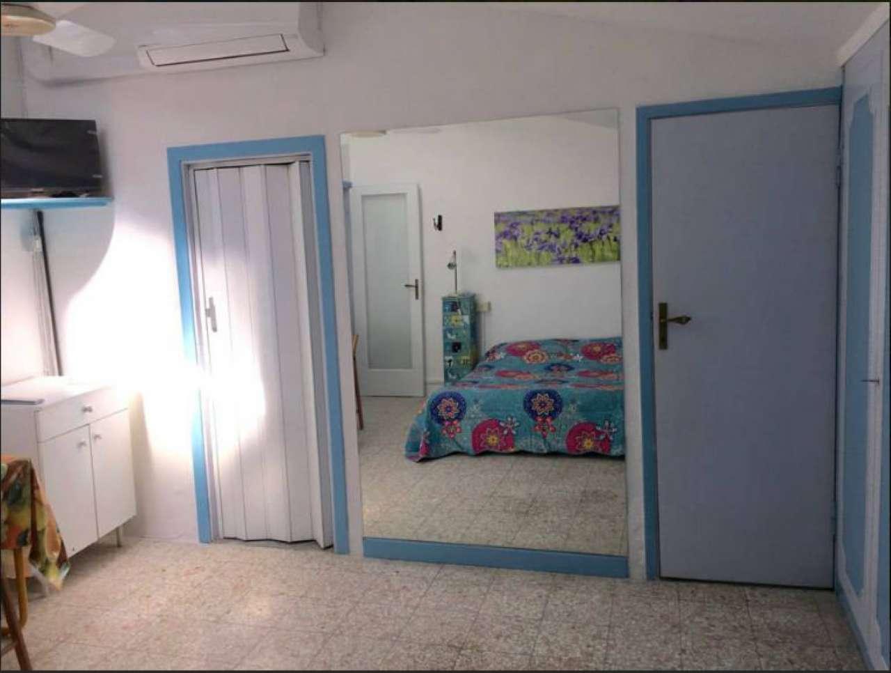 Attico / Mansarda in affitto a Firenze, 1 locali, zona Zona: 16 . Le Cure, prezzo € 600 | Cambio Casa.it
