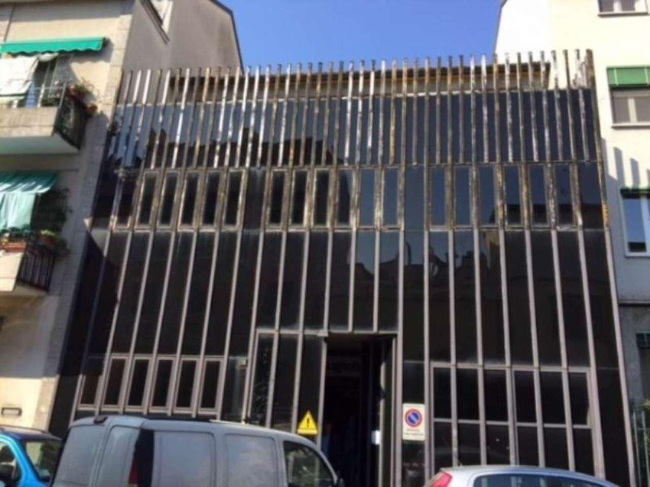 Capannone in affitto a Milano, 6 locali, zona Zona: 13 . Baggio, Forze Armate, Quinto Romano, Bisceglie, Valsesia, prezzo € 12.500 | Cambio Casa.it