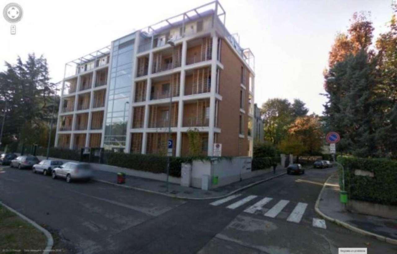 Appartamento in affitto a Milano, 4 locali, zona Zona: 14 . Lotto, Novara, San Siro, QT8 , Montestella, Rembrandt, prezzo € 3.750   Cambio Casa.it