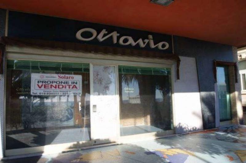 Negozio / Locale in vendita a Albissola Marina, 2 locali, prezzo € 270.000 | Cambio Casa.it