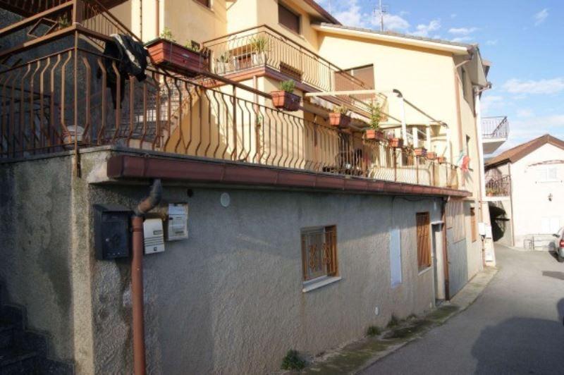 Bilocale Varazze Via Nuova Cantalupo 3