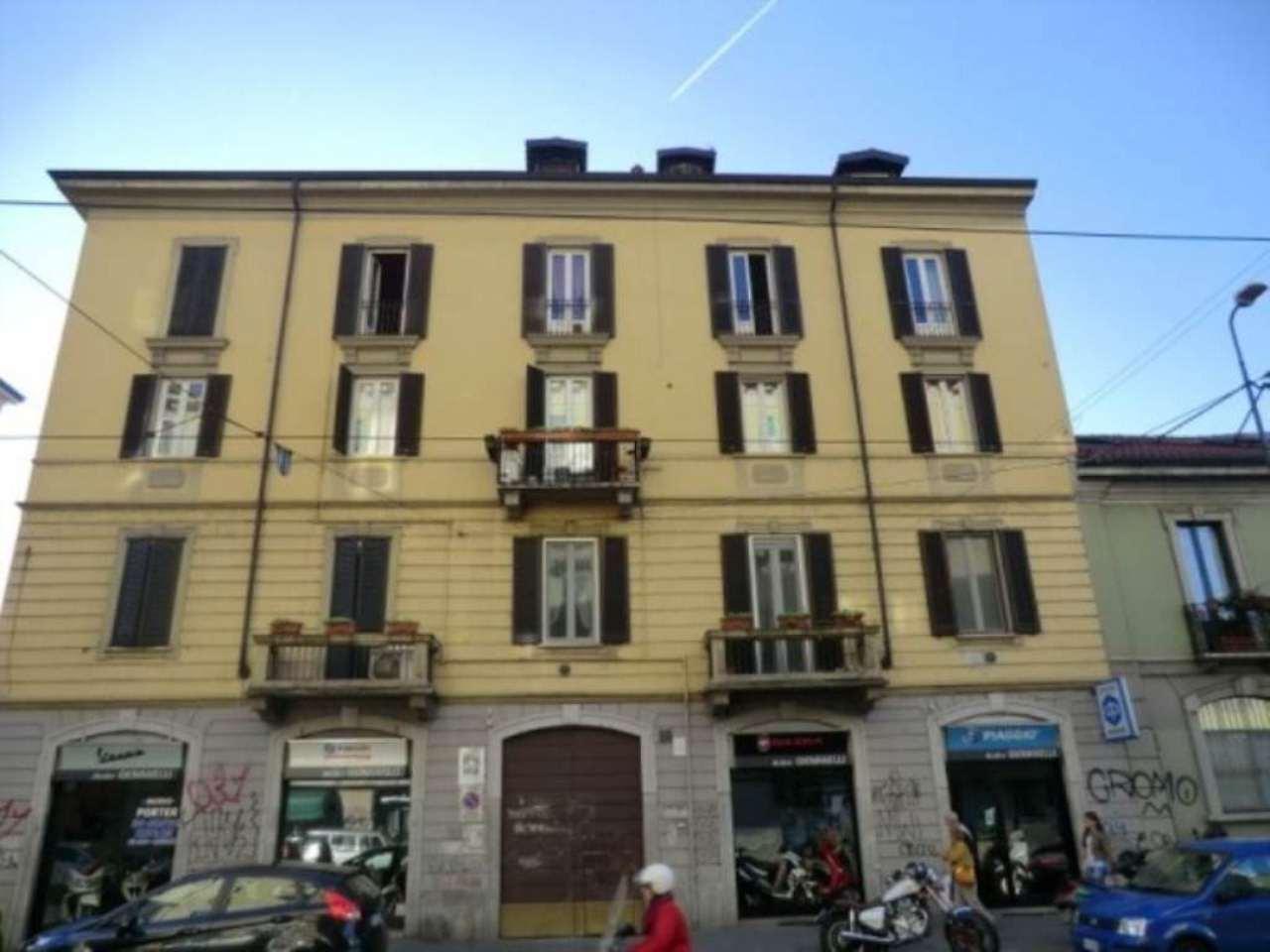 Bilocale Milano Via Giuseppe Meda 3