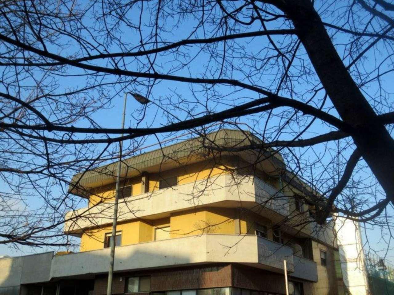 Bilocale Milano Via Verro 3
