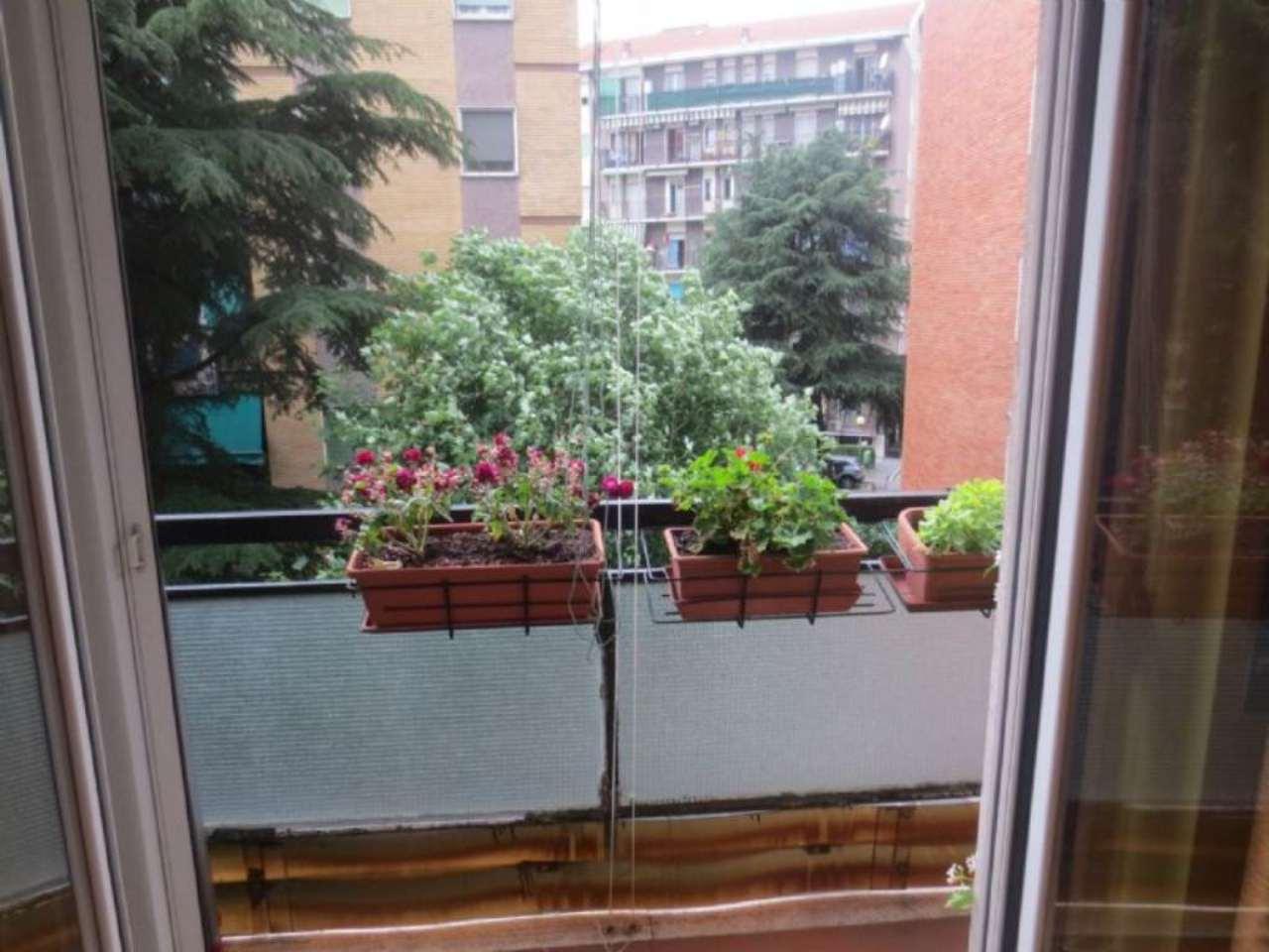 Bilocale Milano Via Marco D'agrate 8