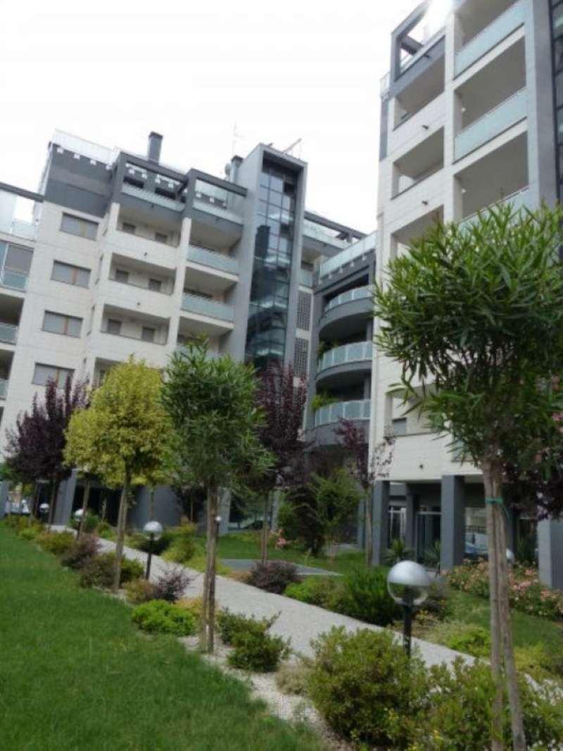 Bilocale Milano Via Gressoney 3
