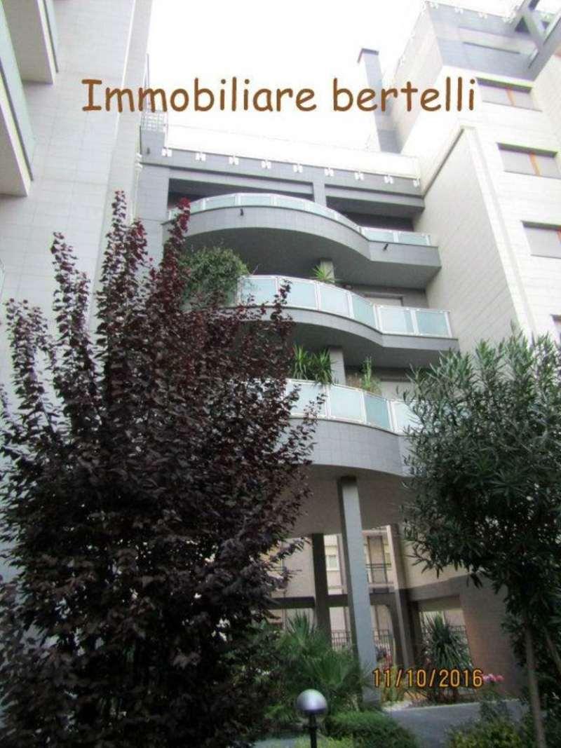 Bilocale Milano Via Gressoney 5