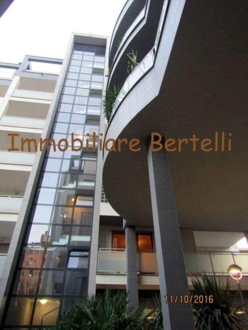 Bilocale Milano Via Gressoney 1