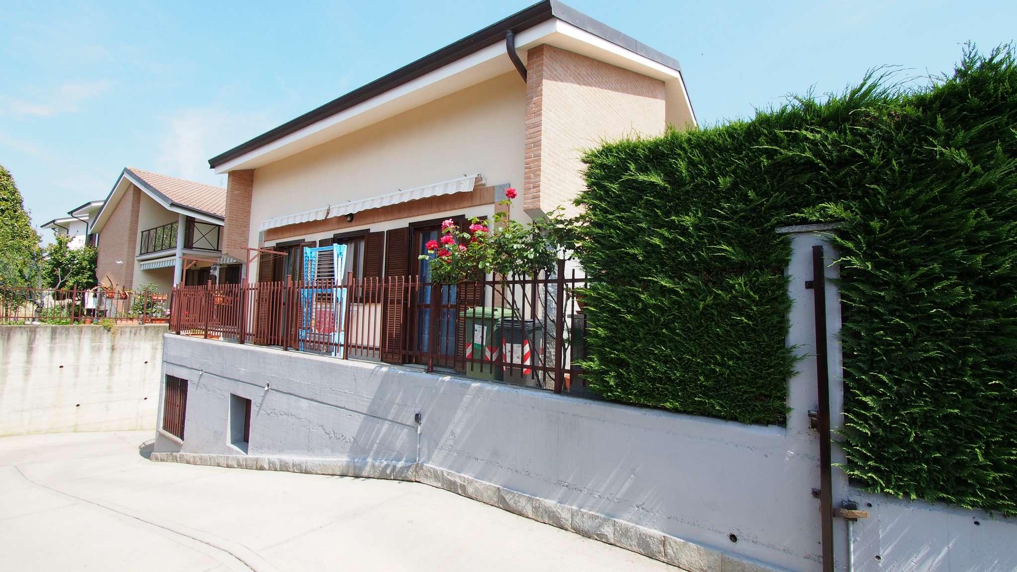 Soluzione Indipendente in vendita a Rivalta di Torino, 8 locali, prezzo € 338.000   Cambio Casa.it