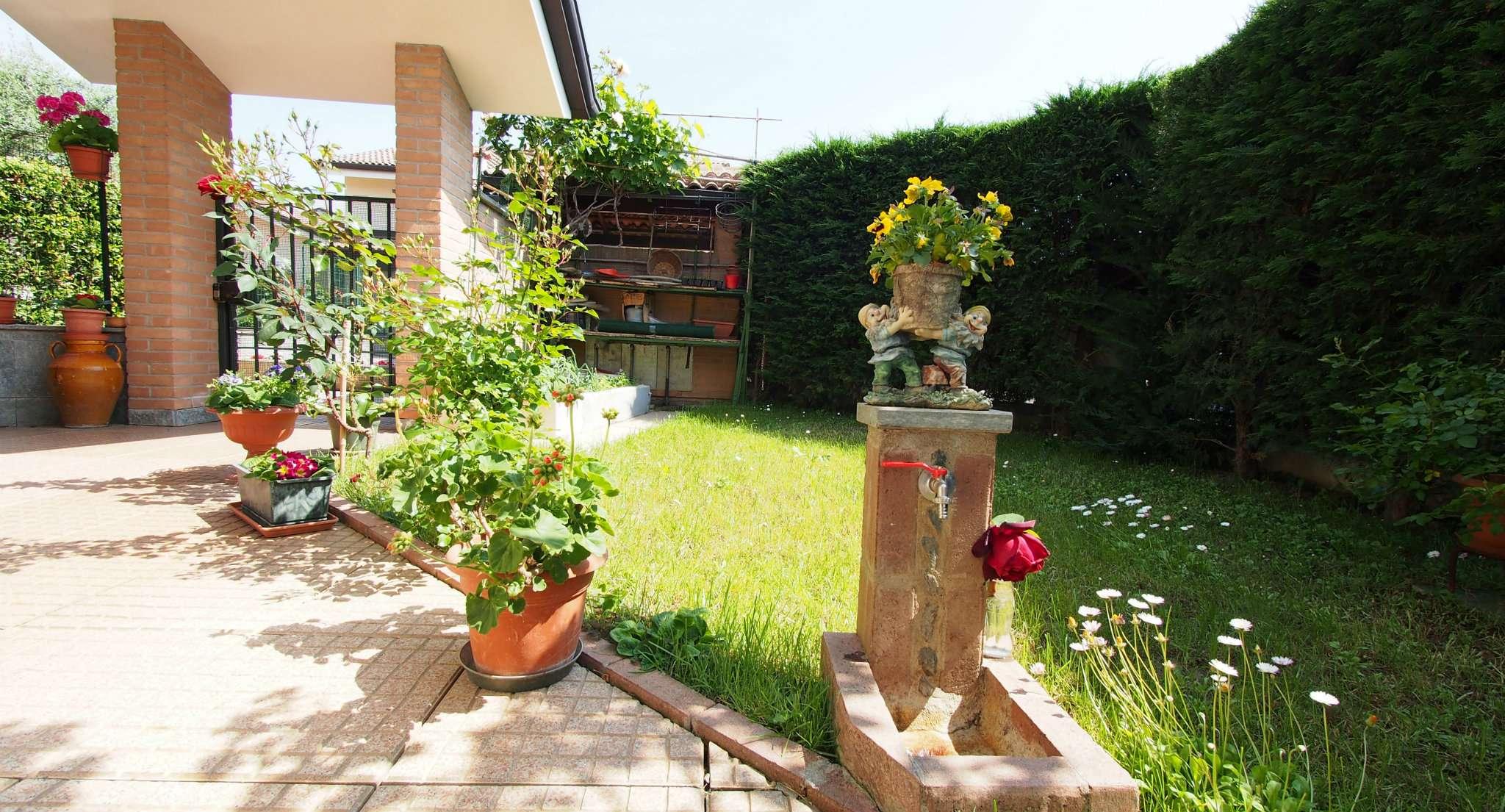 Soluzione Indipendente in vendita a Rivalta di Torino, 8 locali, prezzo € 328.000 | CambioCasa.it