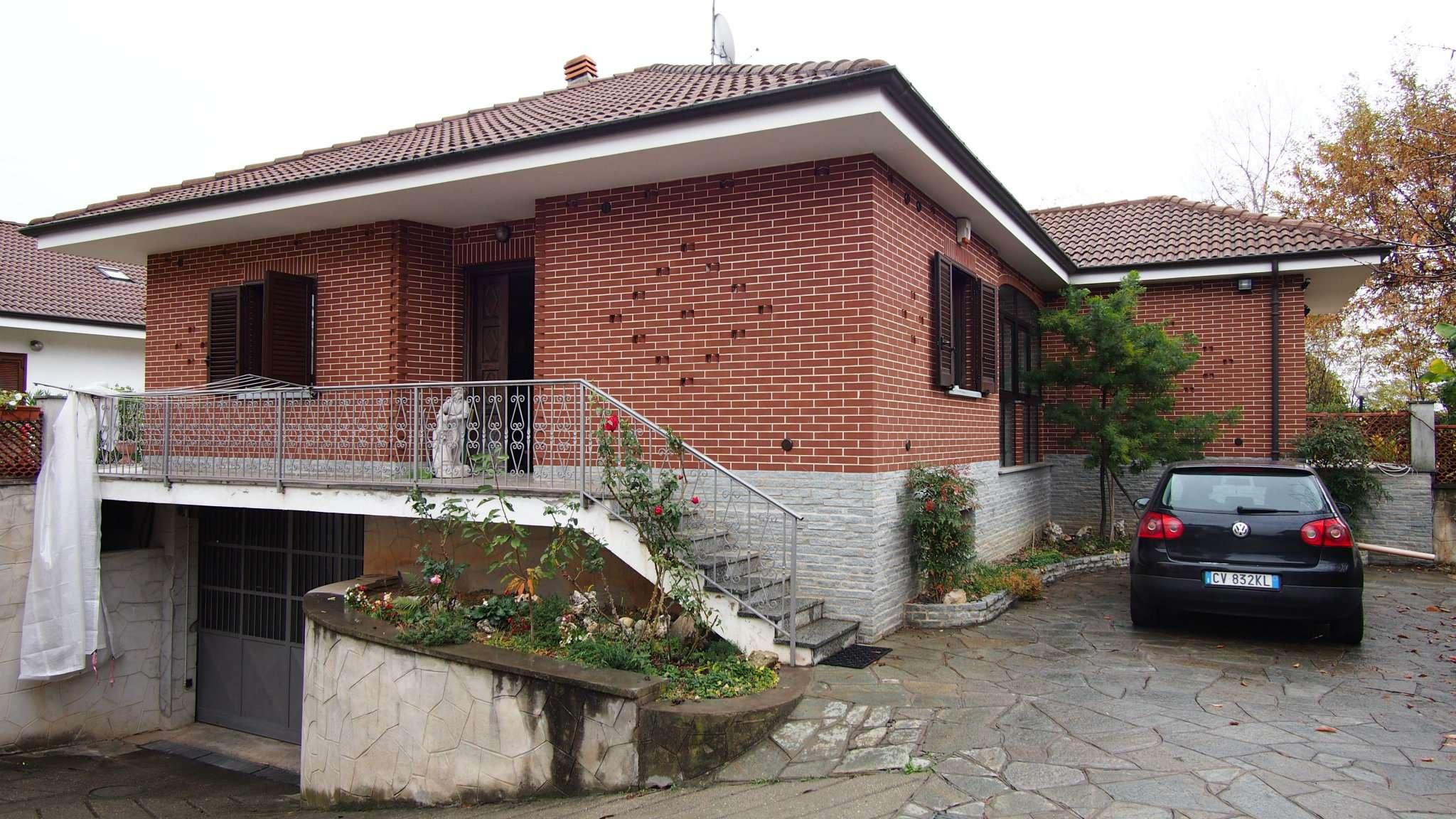Casa indipendente in Vendita a Bruino: 5 locali, 350 mq