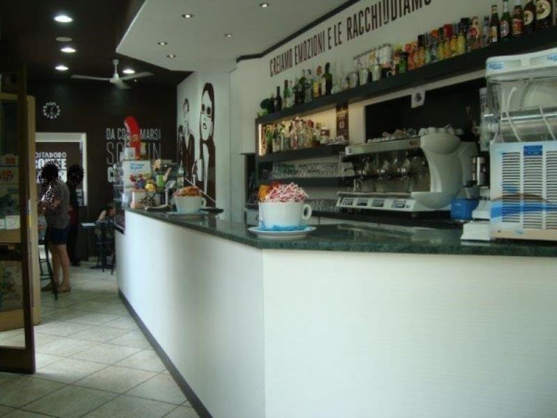 Bar - tabacchi - ricevitoria bilocale in vendita a Torino (TO)