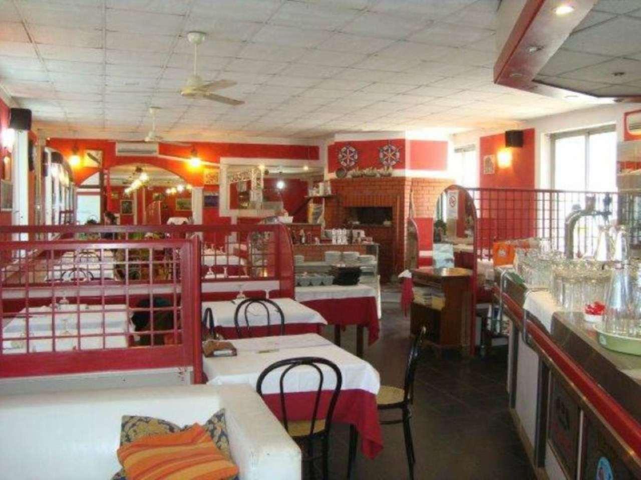 Ristorante / Pizzeria / Trattoria in vendita a Beinasco, 3 locali, prezzo € 115.000   Cambio Casa.it