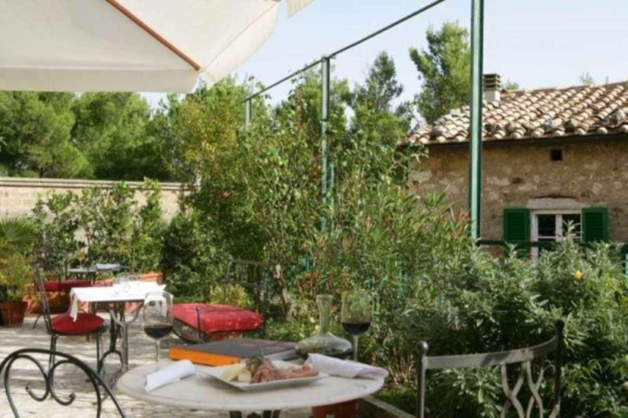Albergo in vendita a Semproniano, 6 locali, prezzo € 450.000 | Cambio Casa.it