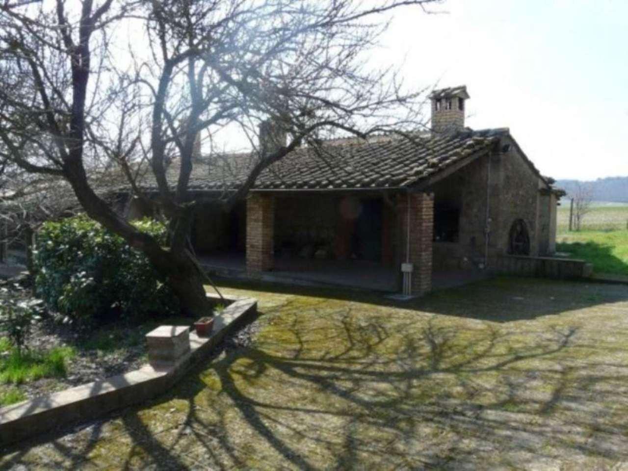 Rustico / Casale in affitto a Graffignano, 5 locali, prezzo € 950 | Cambio Casa.it