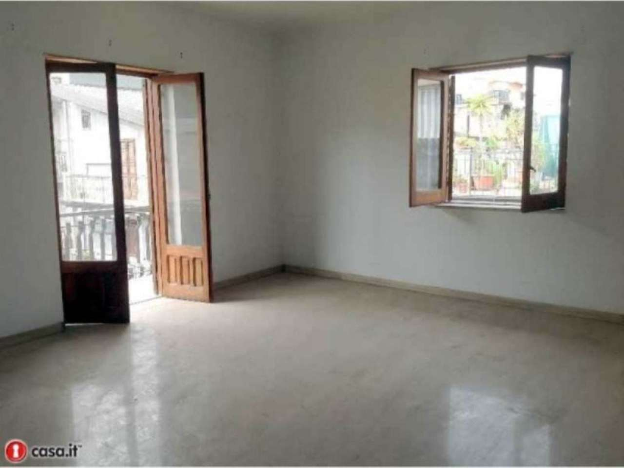 Appartamento in vendita a Paternò, 6 locali, Trattative riservate | Cambio Casa.it