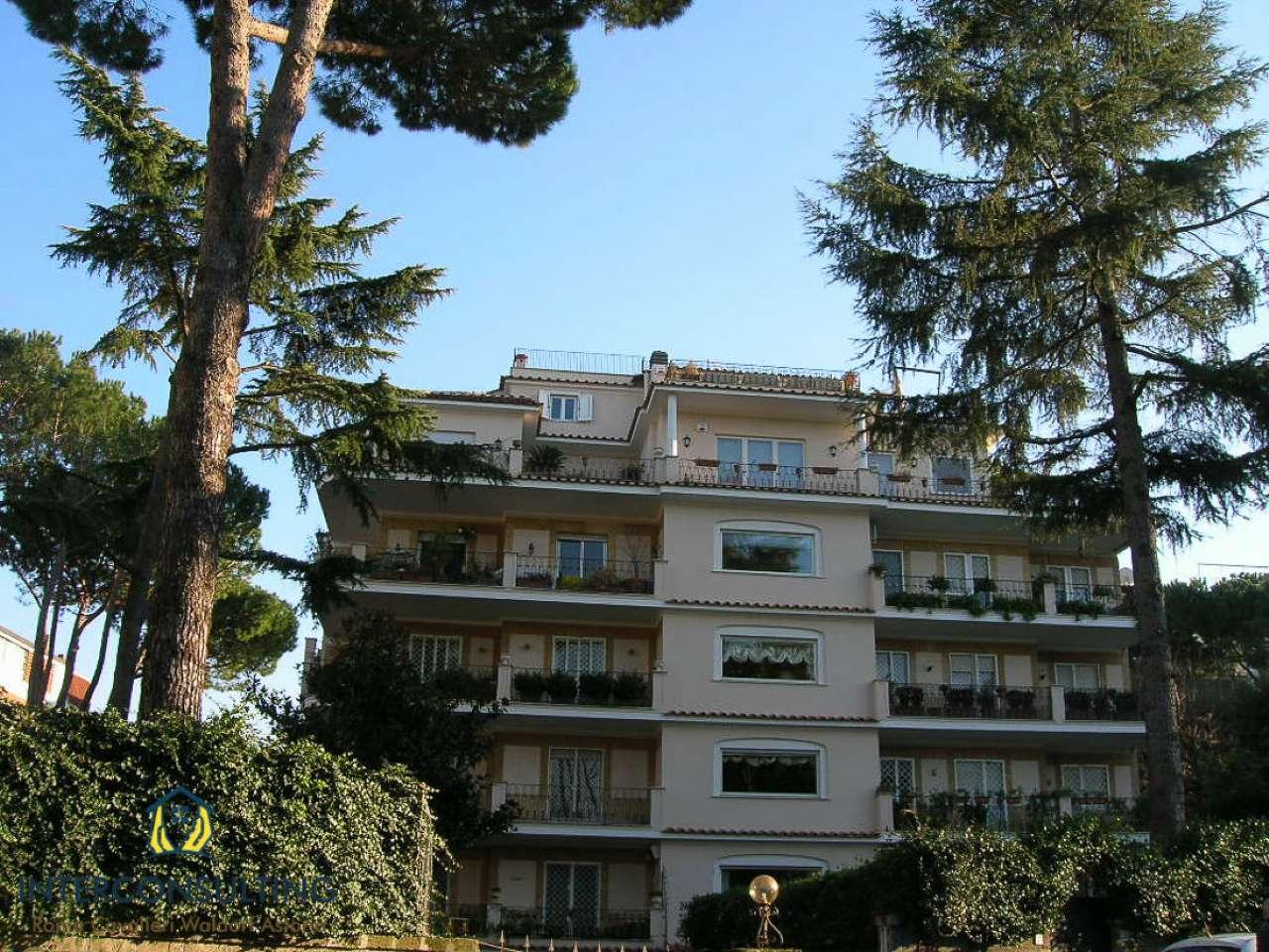 Attico / Mansarda in affitto a Roma, 2 locali, zona Zona: 32 - Fleming, Vignaclara, Monte Milvio, prezzo € 2.500   CambioCasa.it