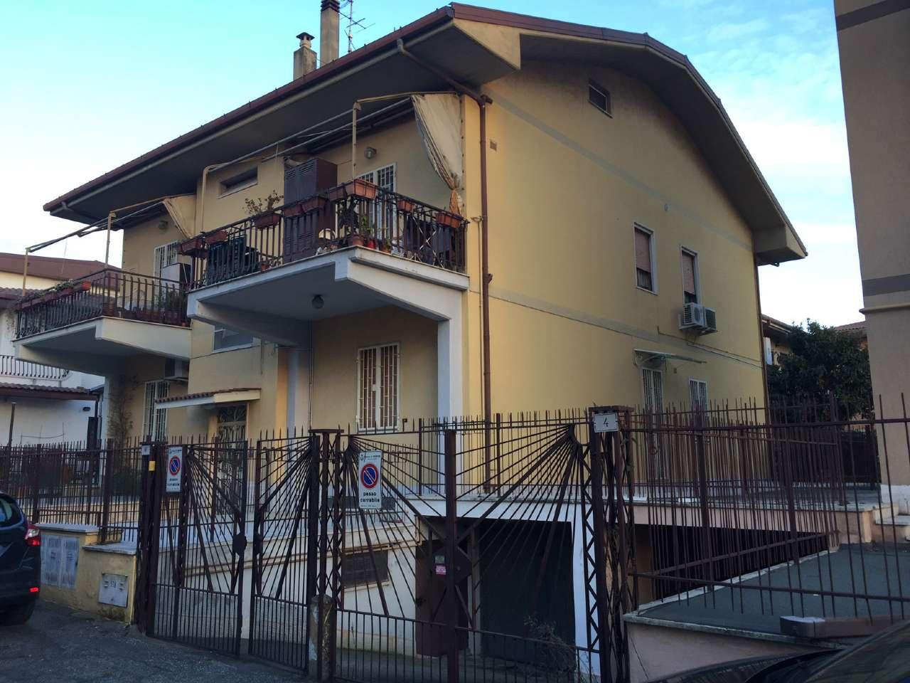 Appartamento in vendita a Ciampino, 3 locali, prezzo € 249.000 | CambioCasa.it