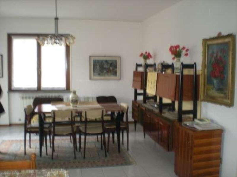 Appartamento in vendita a Germignaga, 3 locali, prezzo € 165.000 | Cambio Casa.it
