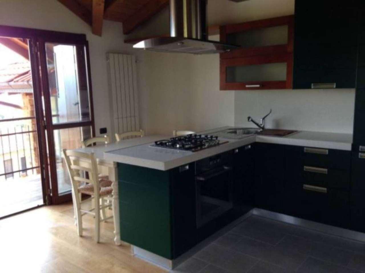 Appartamento in vendita a Agra, 1 locali, prezzo € 130.000 | Cambio Casa.it