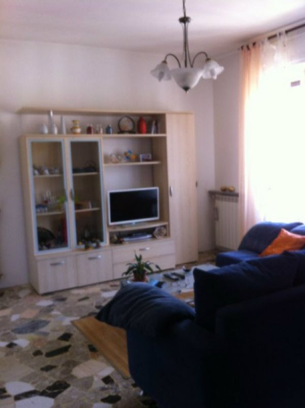 Appartamento in vendita a Dumenza, 3 locali, prezzo € 115.000 | Cambio Casa.it