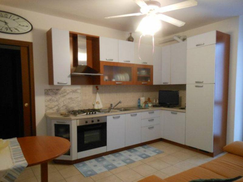 Appartamento in vendita a Luino, 2 locali, prezzo € 135.000   Cambio Casa.it