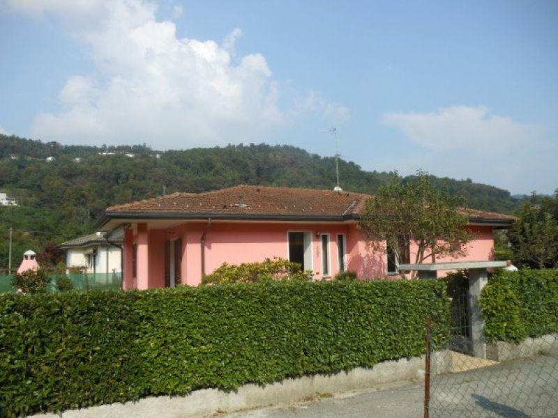 Villa in vendita a Cremenaga, 6 locali, prezzo € 355.000 | Cambio Casa.it