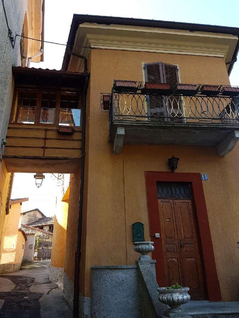 Soluzione Indipendente in vendita a Dumenza, 5 locali, prezzo € 145.000 | CambioCasa.it