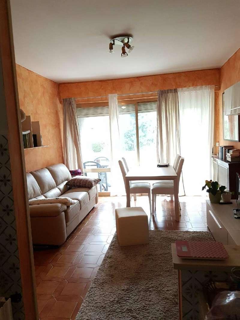 Appartamento in vendita a Luino, 2 locali, prezzo € 120.000 | CambioCasa.it