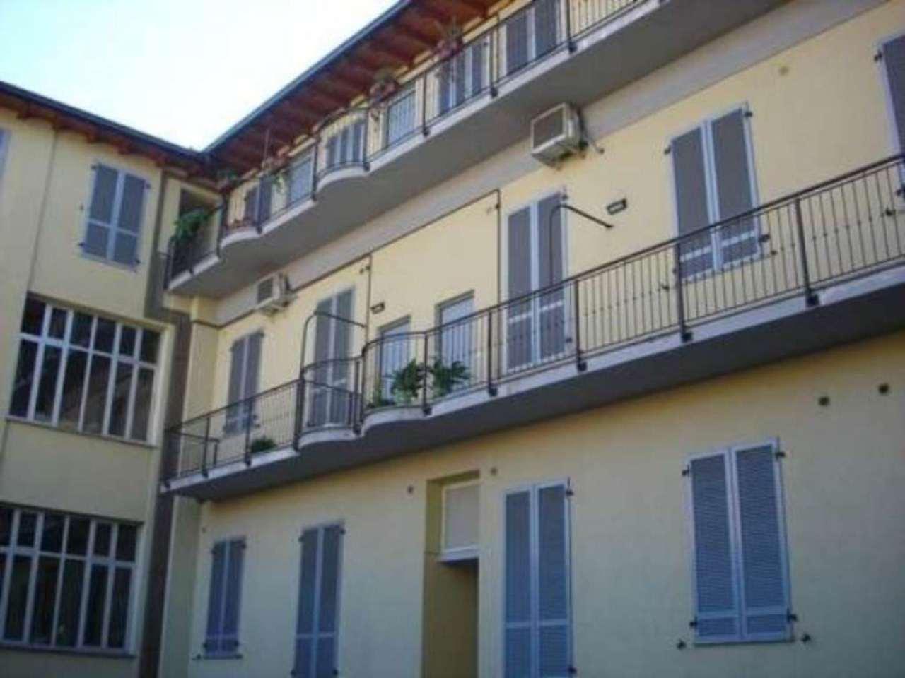 Bilocale Milano Via Gioacchino Murat 7