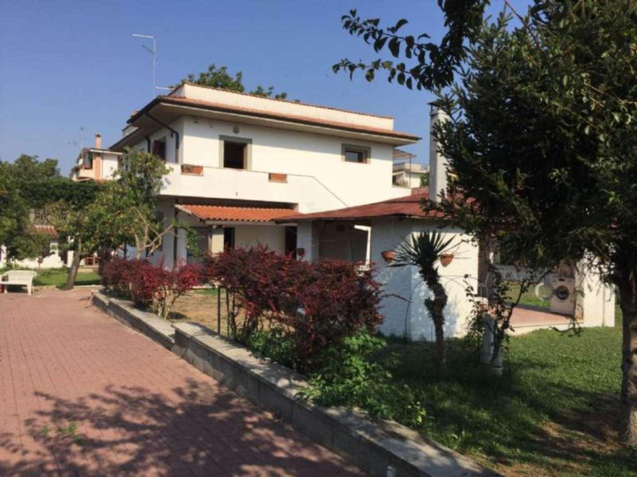 Villa in vendita a Palombara Sabina, 4 locali, prezzo € 239.000 | Cambio Casa.it