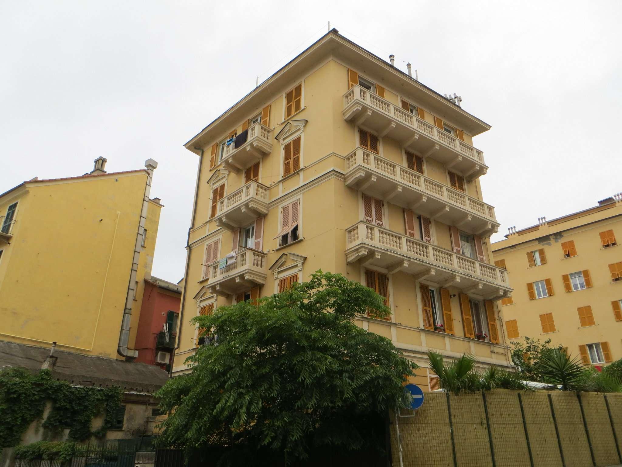 Appartamento quadrilocale in affitto a Genova (GE)
