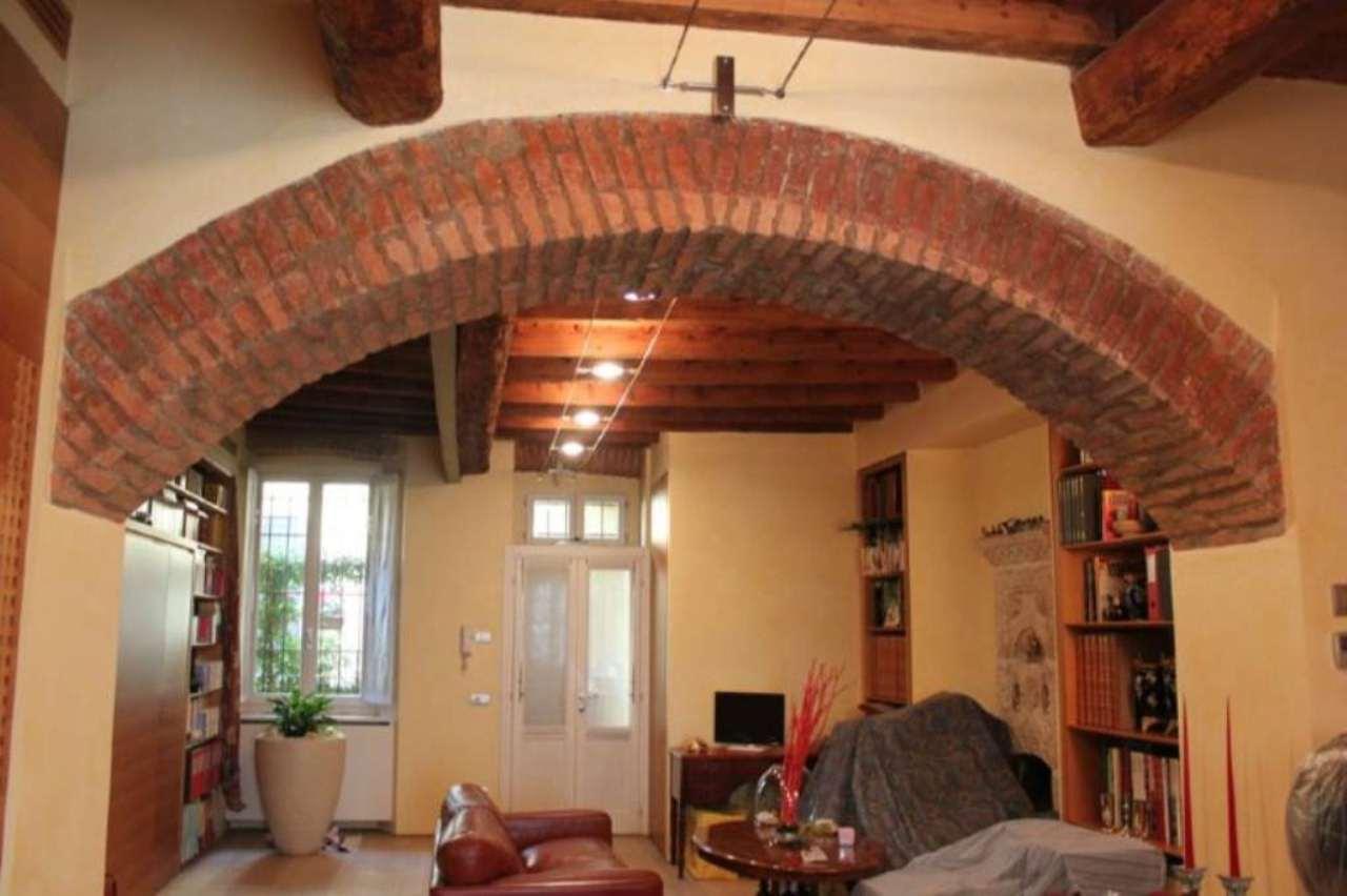 Bilocale Milano Alzaia Via Casale 10