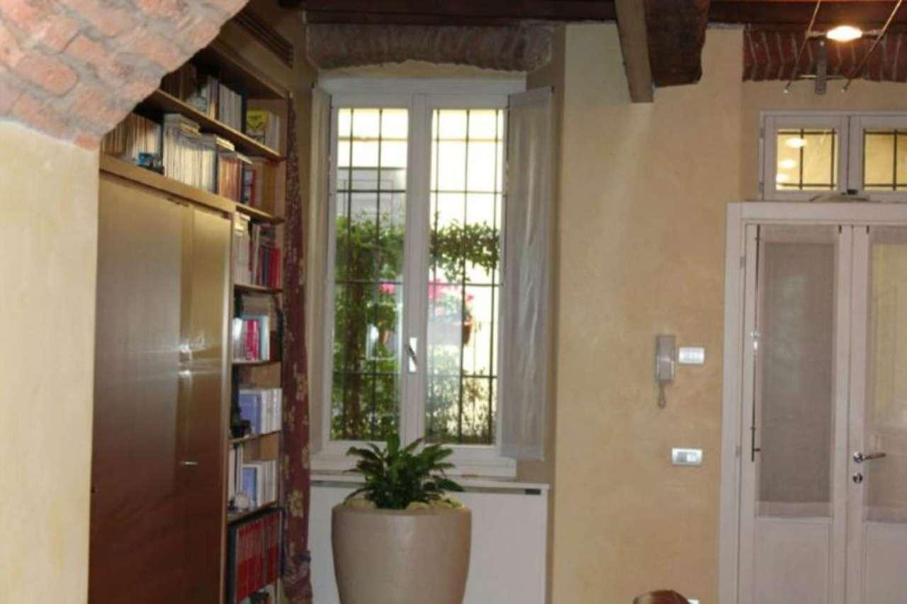 Bilocale Milano Alzaia Via Casale 11