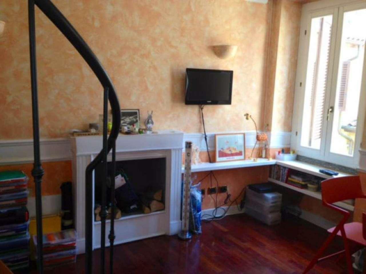 Bilocale Milano Via Fiori Oscuri 3