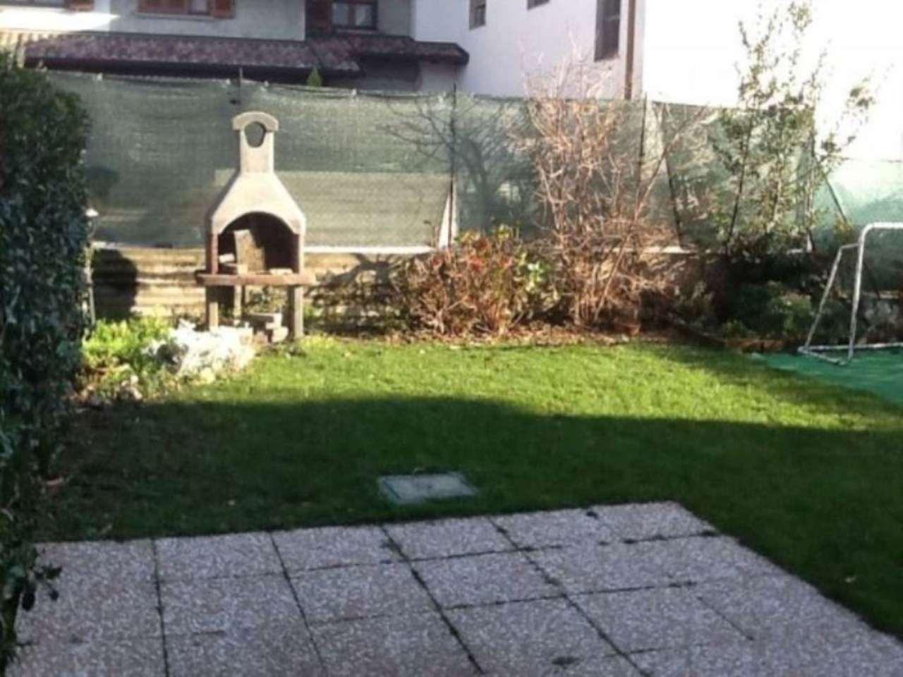 Appartamento in vendita a Lomazzo, 3 locali, prezzo € 165.000 | Cambio Casa.it