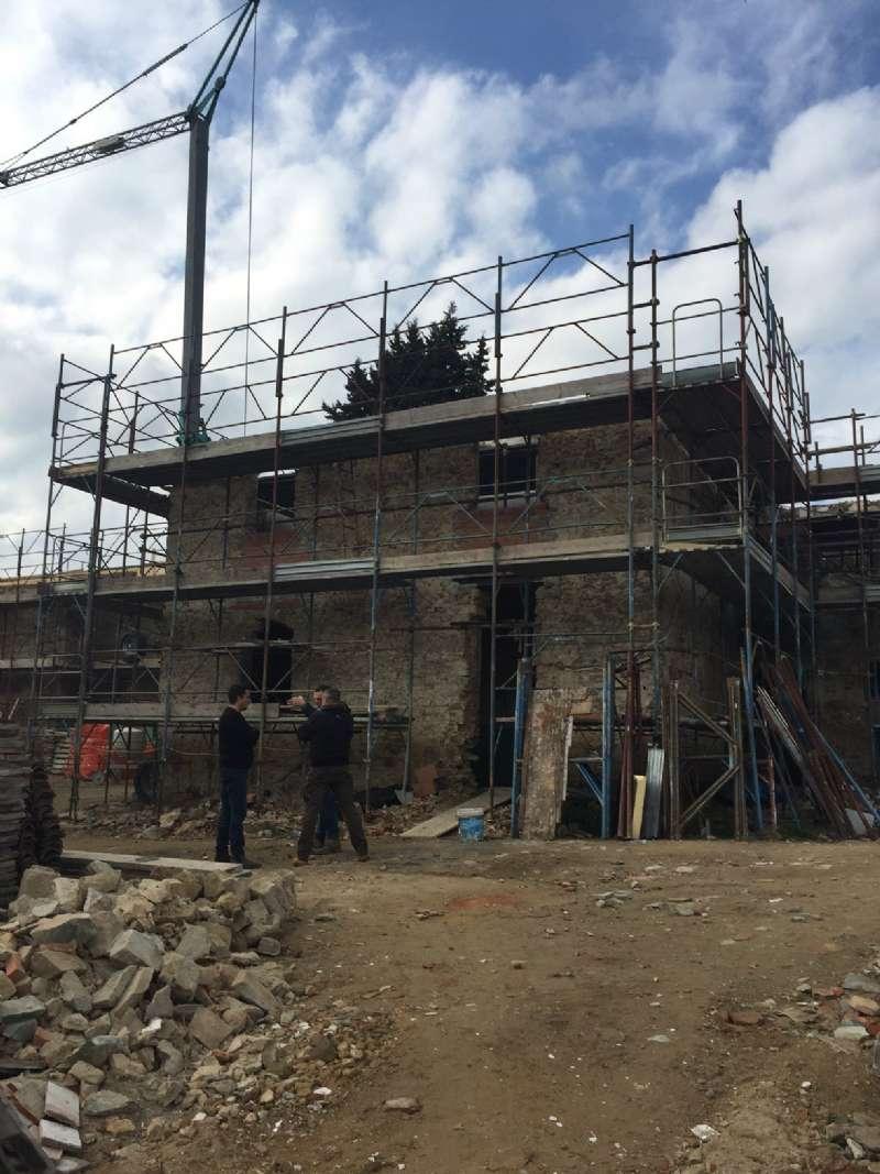 Villa in vendita a Scandicci, 5 locali, prezzo € 620.000 | Cambio Casa.it