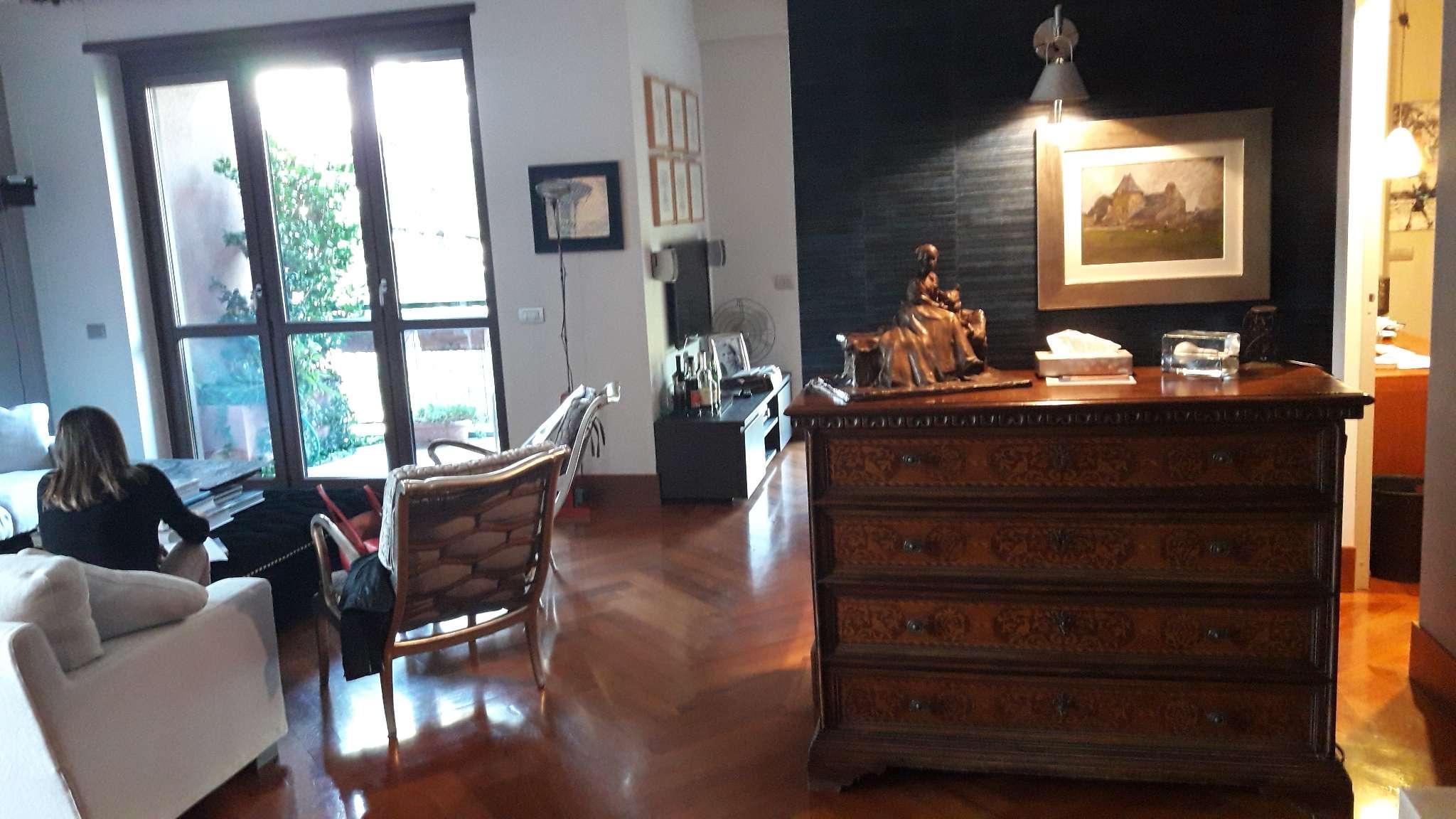 Appartamento in vendita a Milano, 5 locali, zona Zona: 12 . De Angeli, Vercelli, Washington, Sicilia, S. Michele del Carso, prezzo € 1.280.000 | Cambio Casa.it