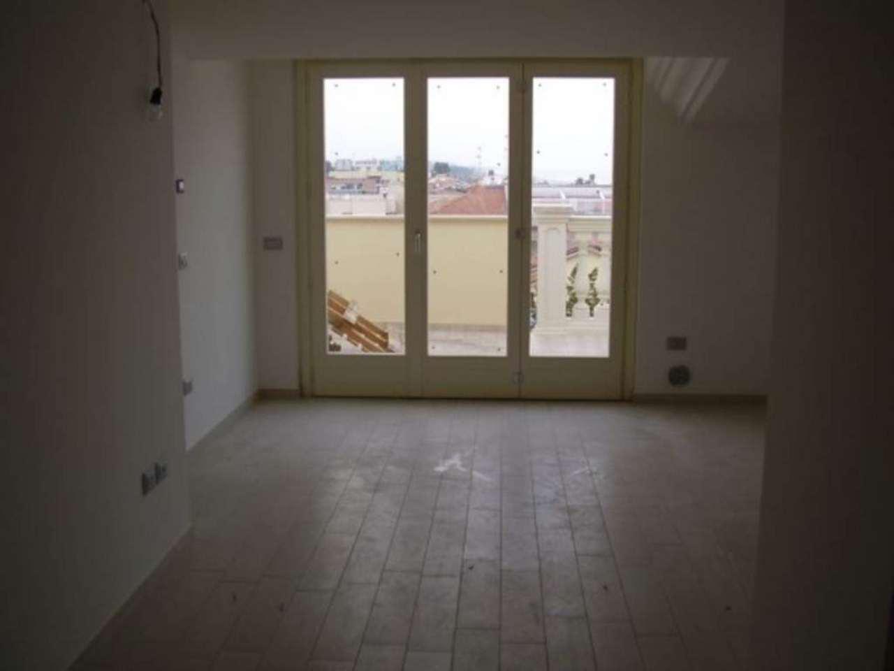 Attico / Mansarda in vendita a Tortoreto, 3 locali, prezzo € 300.000 | Cambio Casa.it