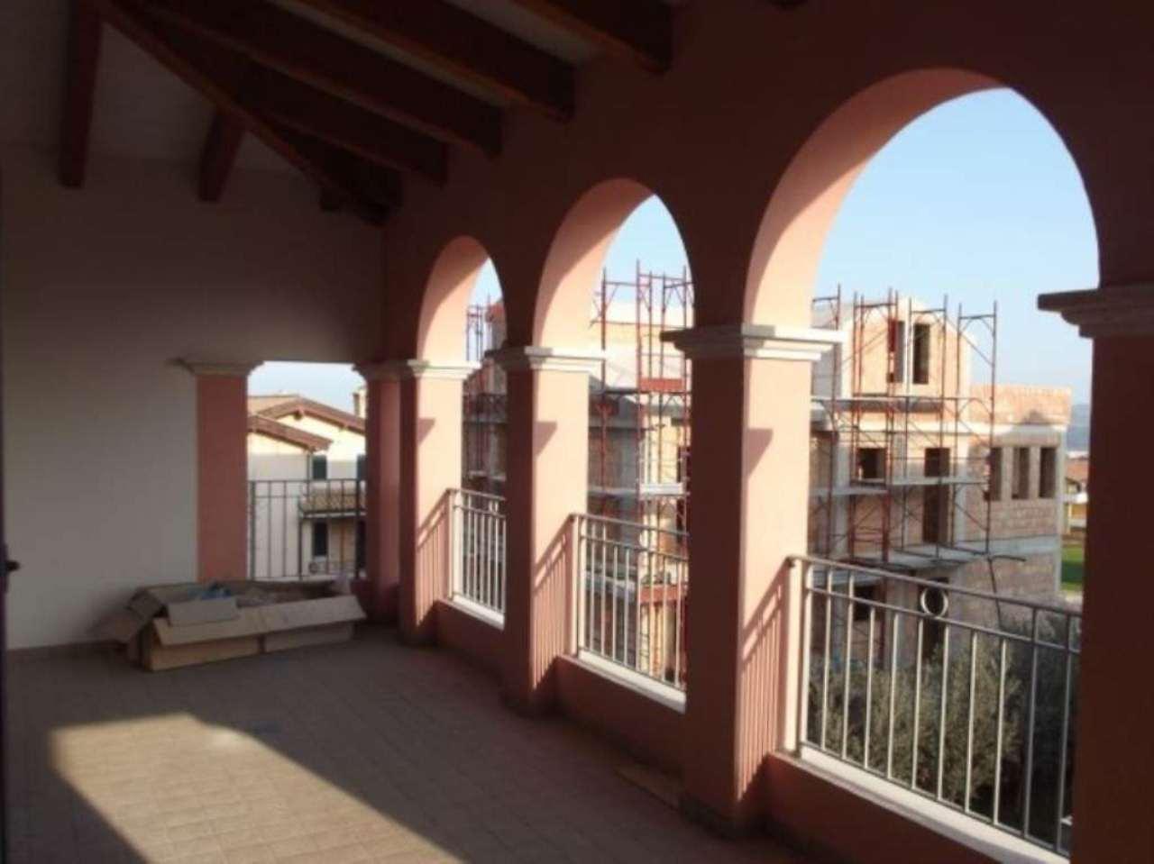 Appartamento in vendita a Mosciano Sant'Angelo, 3 locali, prezzo € 135.000 | Cambio Casa.it