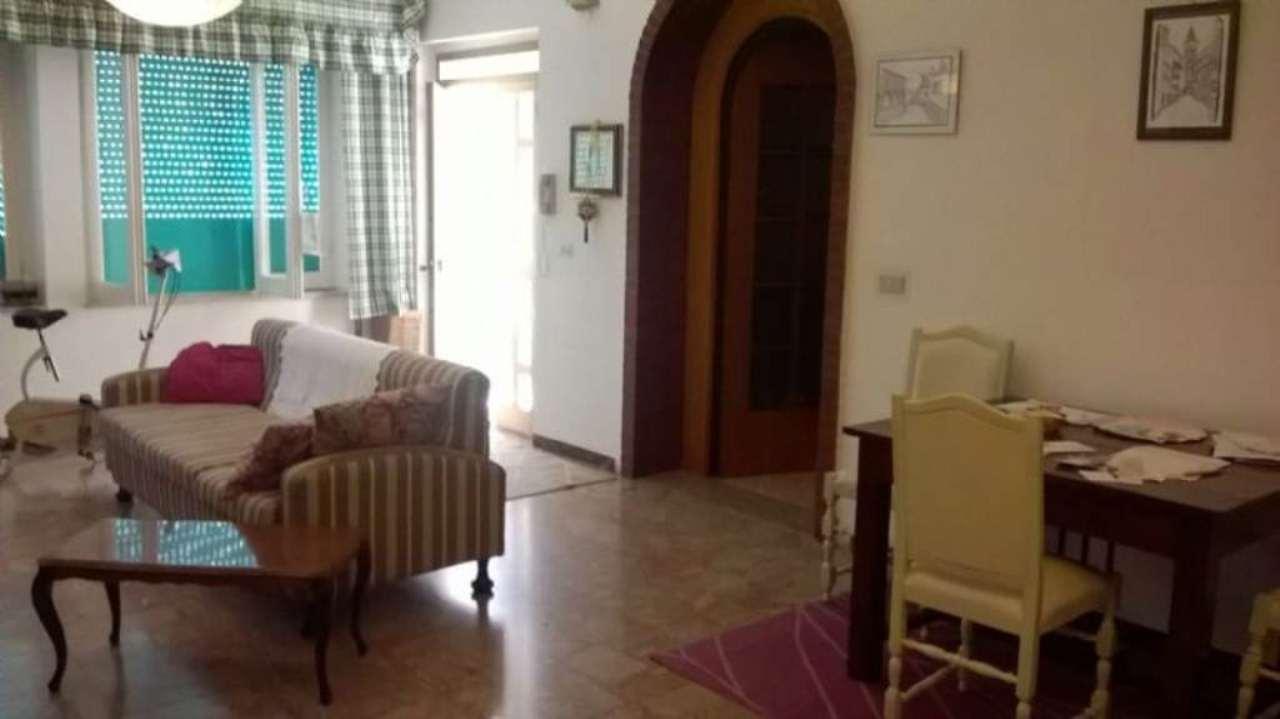 Soluzione Indipendente in vendita a Alba Adriatica, 6 locali, prezzo € 300.000 | Cambio Casa.it