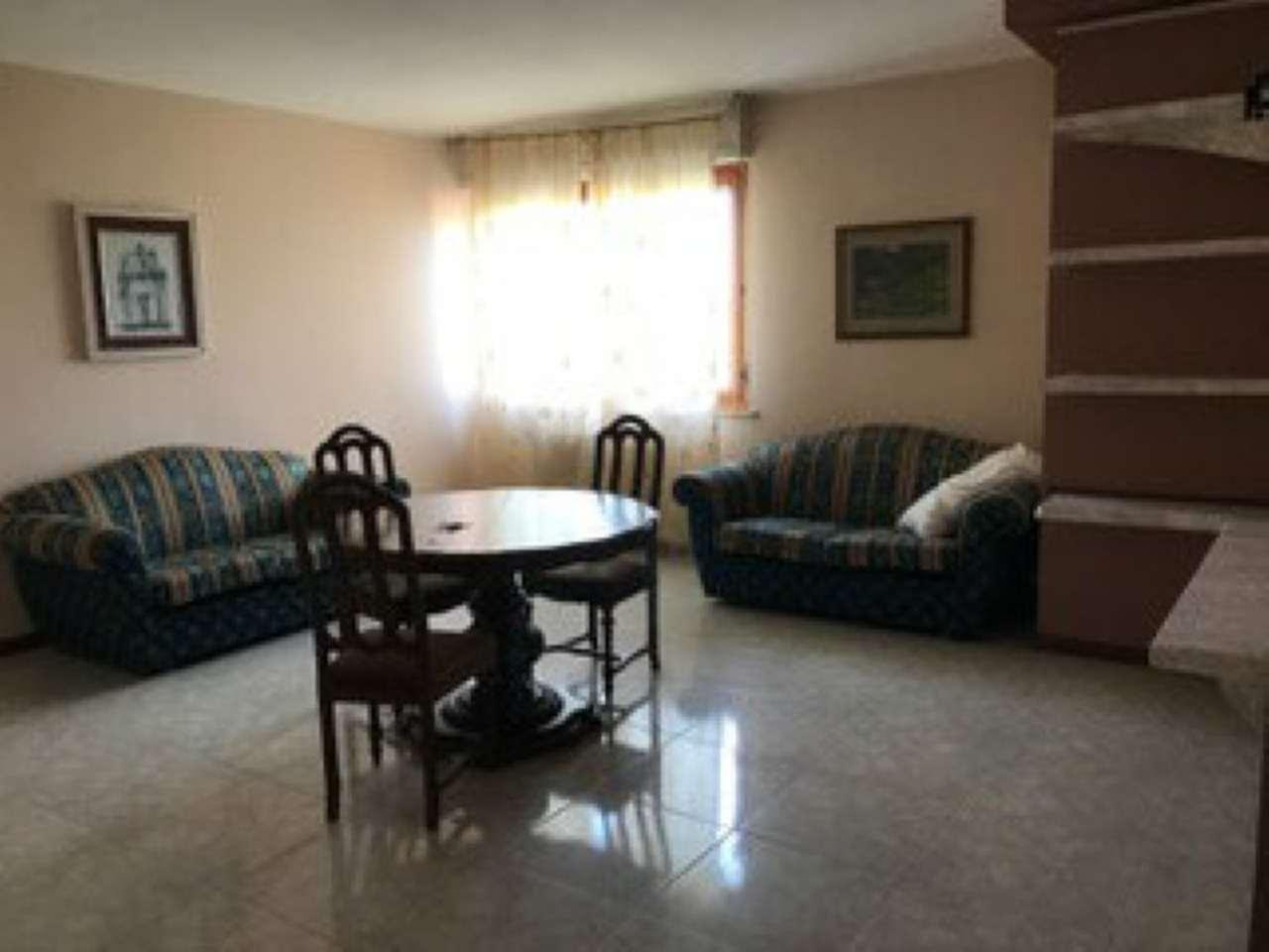 Appartamento in vendita a Tortoreto, 4 locali, prezzo € 500 | Cambio Casa.it