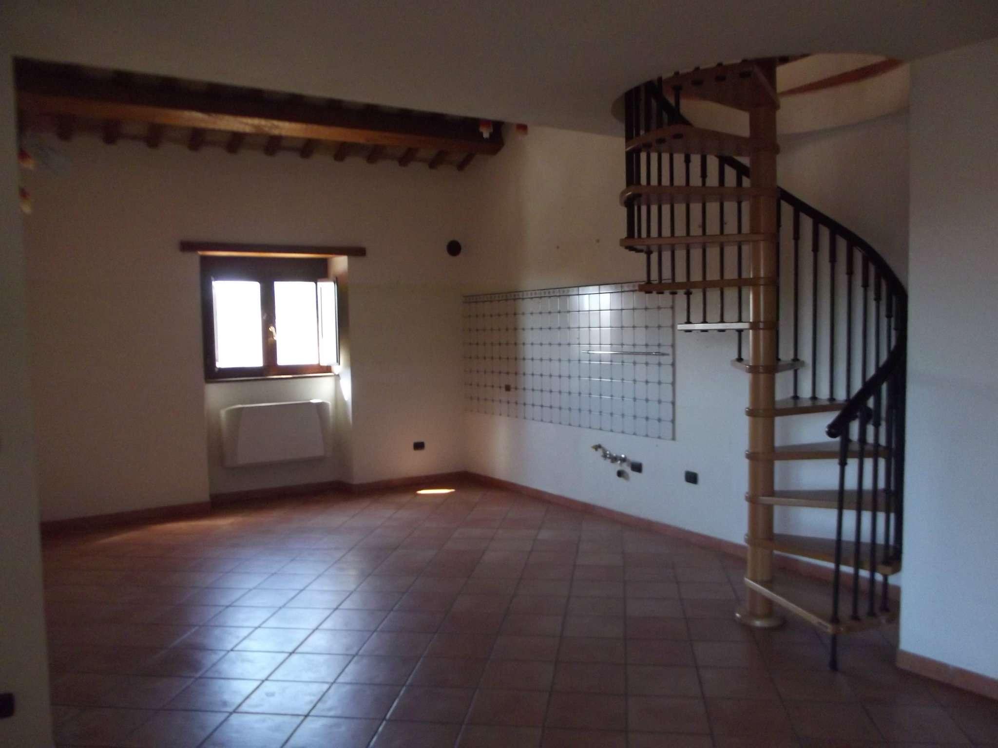 Attico / Mansarda in affitto a Giulianova, 5 locali, prezzo € 650 | CambioCasa.it