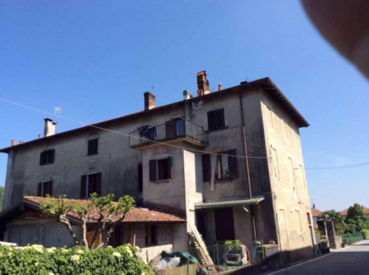 Appartamento in vendita a Leggiuno, 3 locali, prezzo € 55.000 | Cambio Casa.it