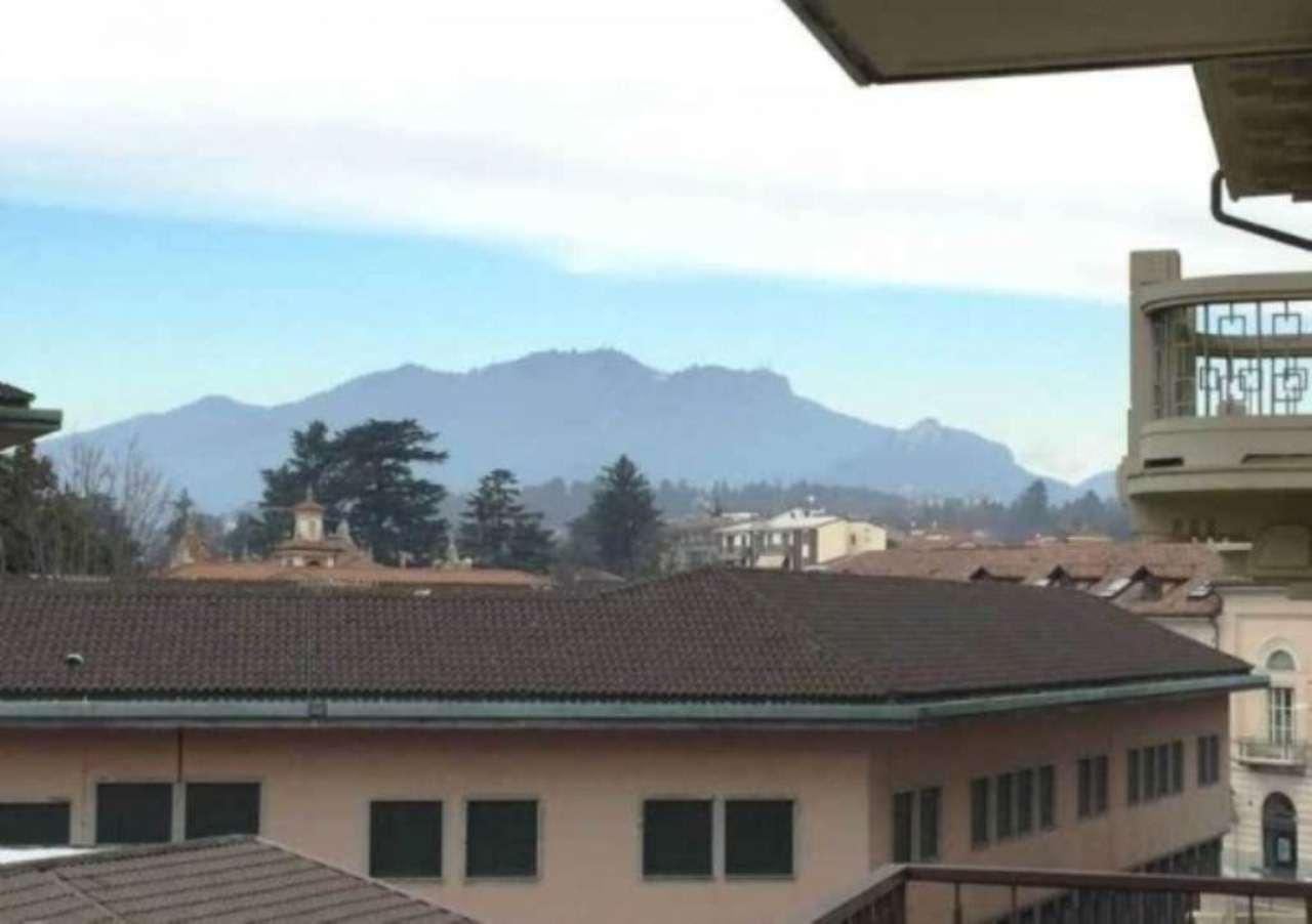 Appartamento in affitto a Varese, 6 locali, prezzo € 1.000 | Cambio Casa.it