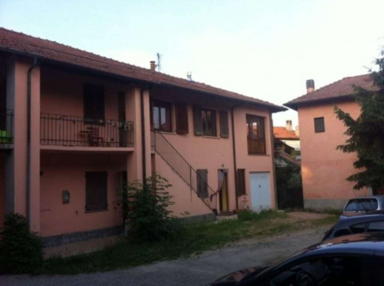 Soluzione Semindipendente in vendita a Biandronno, 4 locali, prezzo € 135.000   Cambio Casa.it