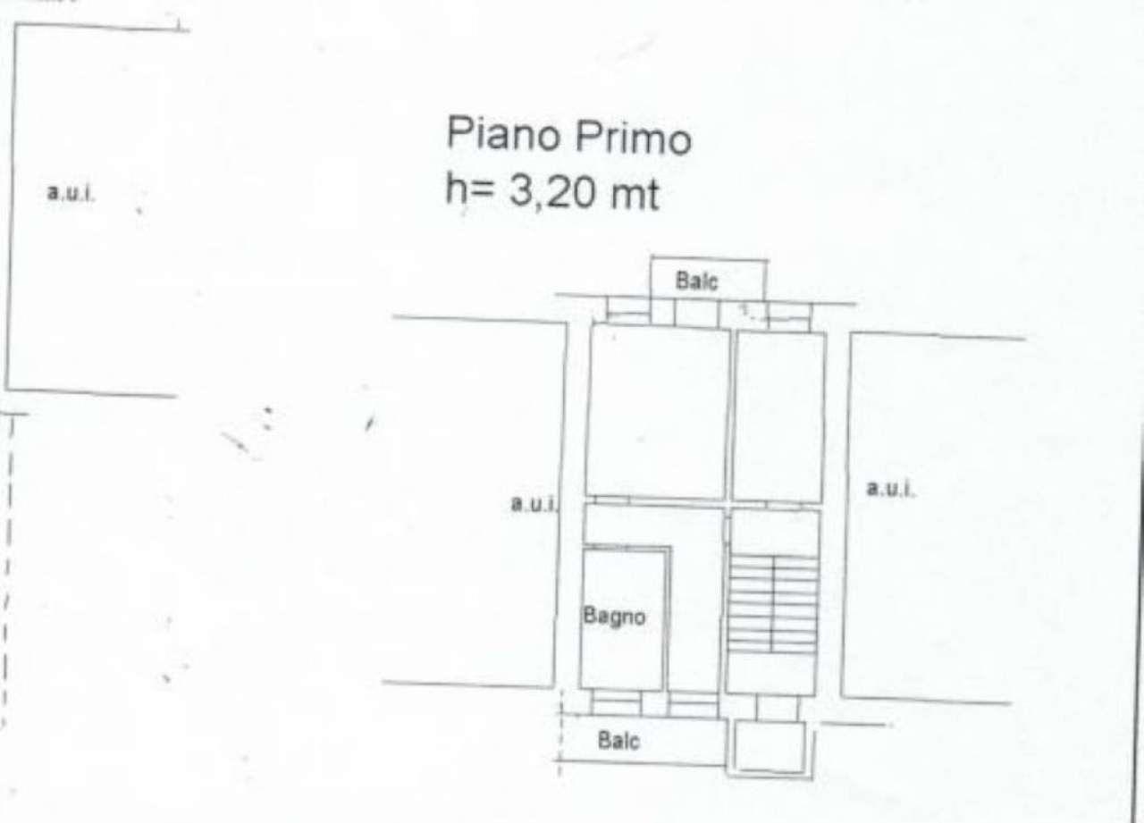 Sangiano Vendita PORZIONE DI CASA Immagine 1