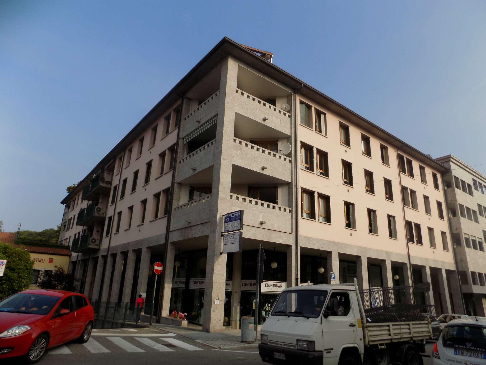 Attico / Mansarda in vendita a Besozzo, 3 locali, prezzo € 125.000   Cambio Casa.it