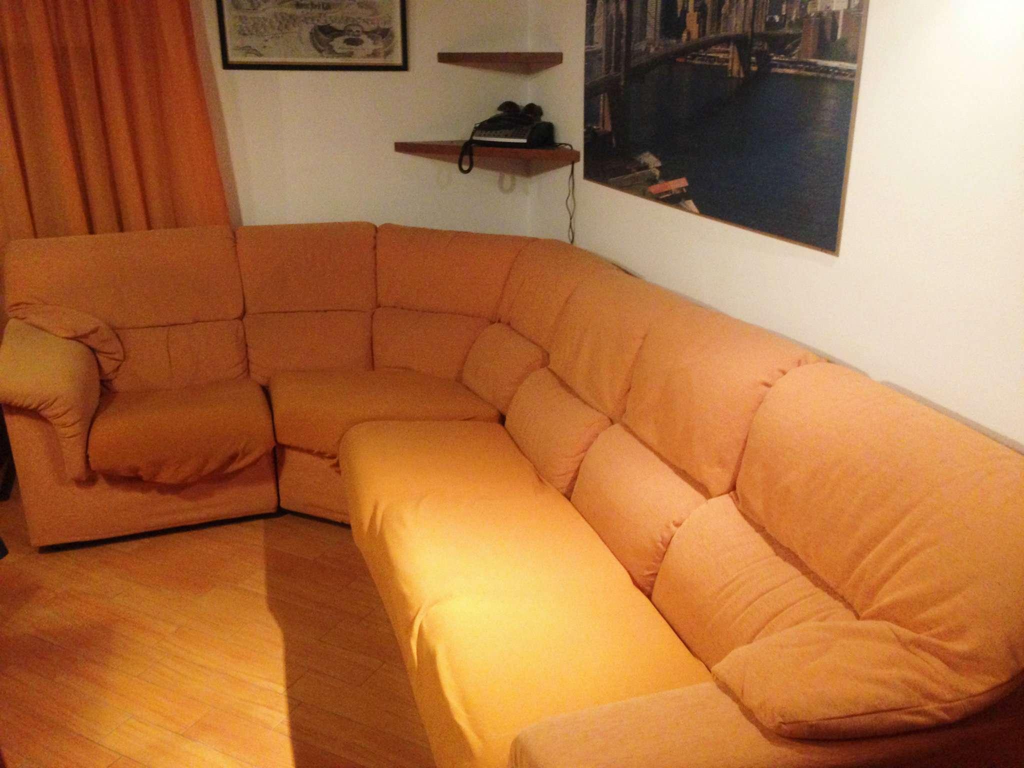 Appartamento in affitto a Leggiuno, 2 locali, prezzo € 500 | Cambio Casa.it