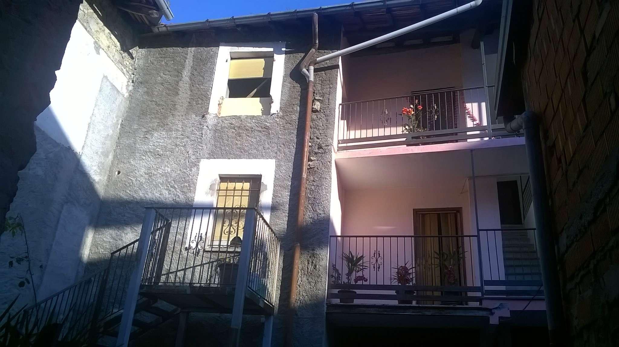 Rustico / Casale in vendita a Cuveglio, 5 locali, prezzo € 25.000 | Cambio Casa.it