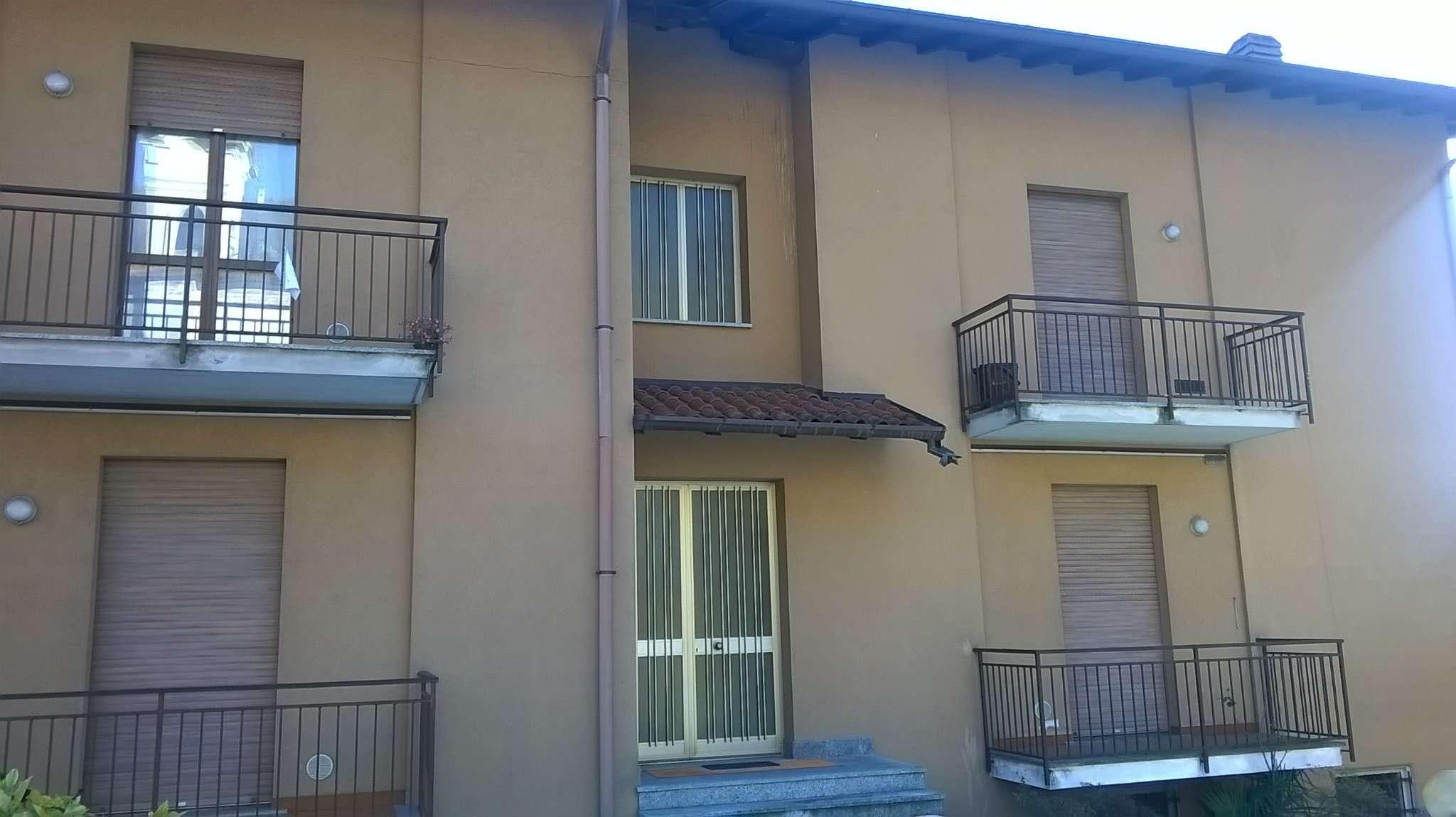 Appartamento in vendita a Cuveglio, 2 locali, prezzo € 80.000 | Cambio Casa.it